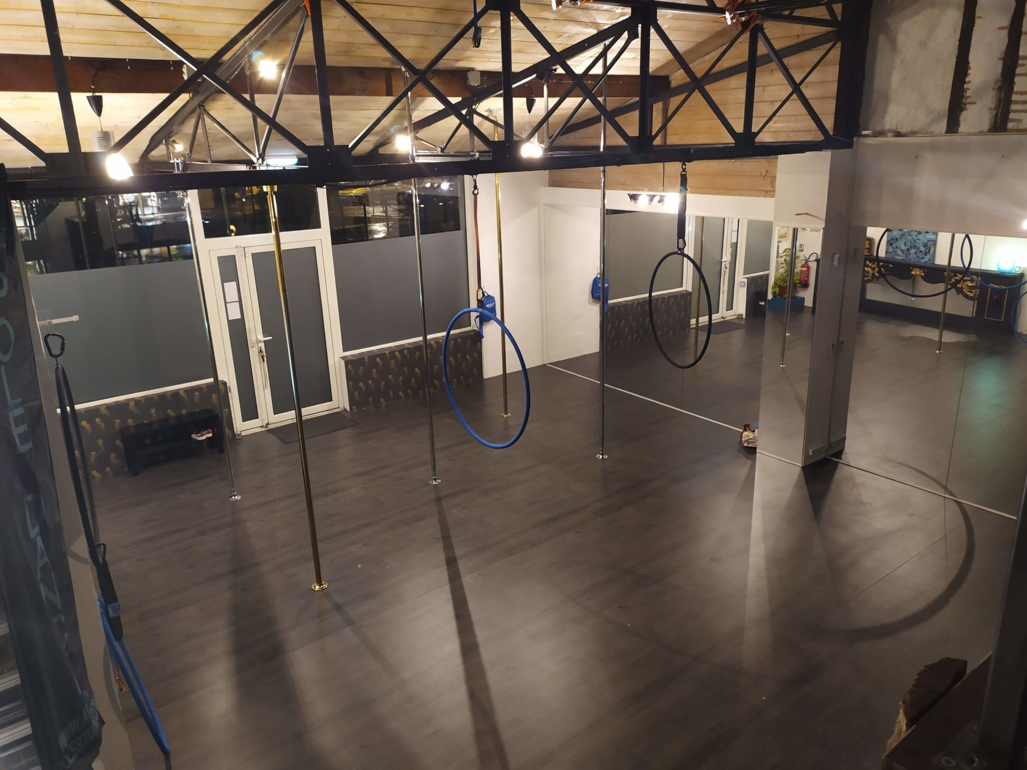 studio pole dance bayonne